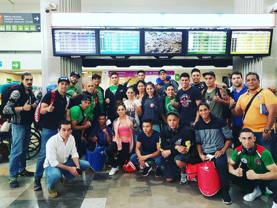 Selección Mexicana de Muaythai en Aeropuerto Internacional Benito Juárez, rumbo a Cancún, Q. R. para prepararse Campeonato Mundial IFMA 2018.