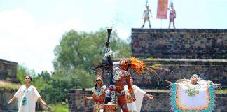 """En el majestuoso """"lugar donde los hombres se convierten en Dioses"""", Teotihuacán, este jueves fue en encendido el Fuego Nuevo de los Juegos Centroamericanos y del Caribe."""