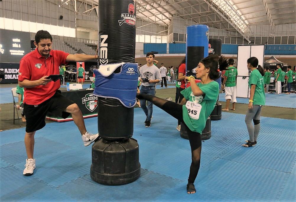 La Academia CONADE Taekwondo llegó a las instalaciones del Velódromo CODEde la ciudad de Guadalajara, Jalisco, donde acudieron más de 170 niños y jóvenes.
