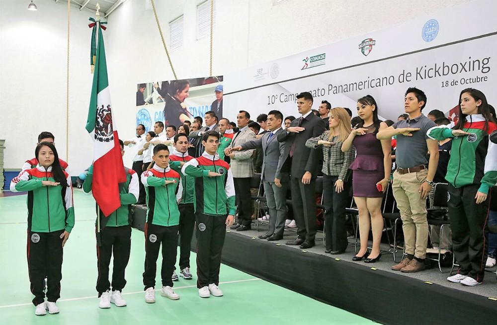 Los integrantes de la Selección Mexicana de Kickboxing se encuentran listos sacar la casta sobre los tatamis y el ring del 10º Campeonato Panamericano 2018 de la especialidad, el cual se llevará a cabo del 23 al 28 de octubre en Playa del Carmen, Quintana Roo.