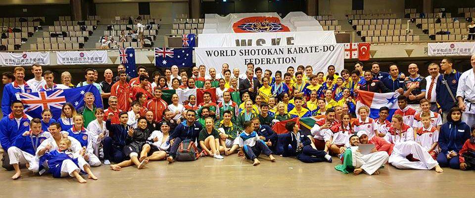 Equipo de Karate Club Mundet-Casa de las Mercedes en Japón.. Foto Cortesía.
