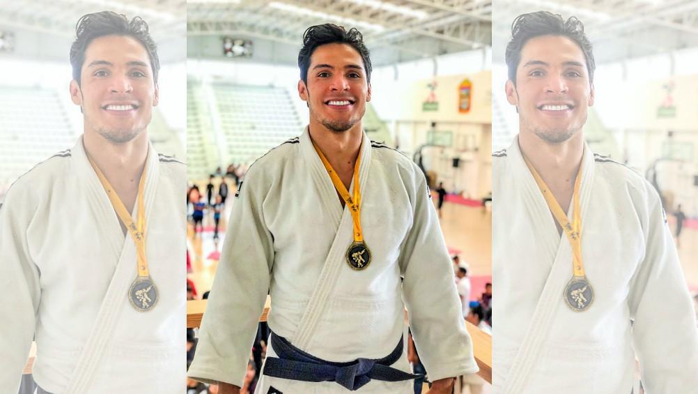 El triple medallista paralímpico Eduardo Adrián Ávila Sánchez regresó a sus entrenamientos en Villas Tlalpan de la CONADE, tras abrir su año competitivo con la medalla de oro en la categoría de -90 kilogramos, en el Torneo Tomoyoshi Yamaguchi.