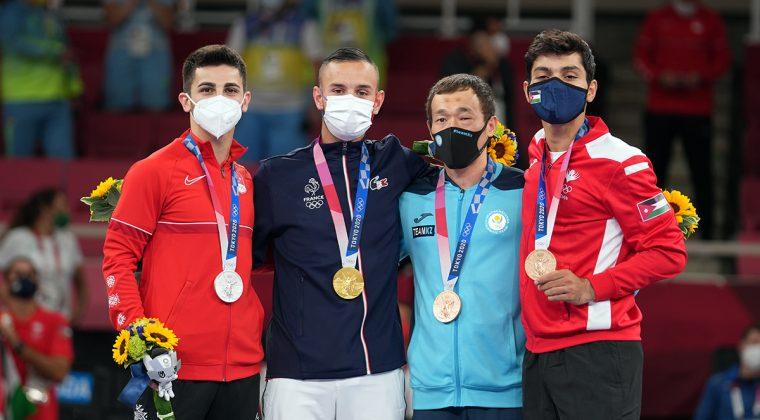 Primeros medallistas olímpicos en la historia de kumite varonil -67kg. Fotos WKF.